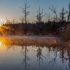 Світанок. Загадкове озеро