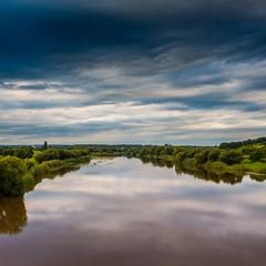 Река.