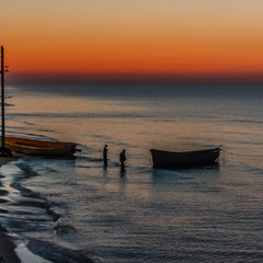 Рибалки до роботи.