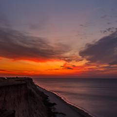 Палаюче небо над морем