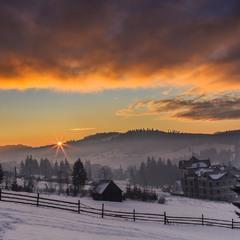 Схід сонця в Буковелі 2020