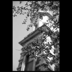 ..и в старый город пришла весна