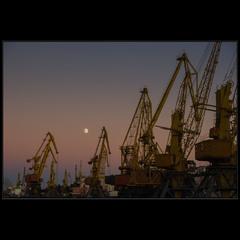 Луна-порт 2