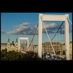 Мост Эржебет (Елизаветы), Будапешт
