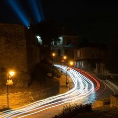 Нічна вулиця старого міста (дорога до фортеці в Кам'янець-Подільському)