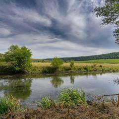 Чисті води річки Збруч...