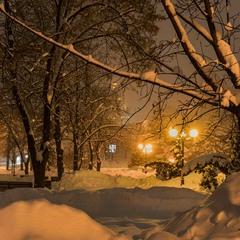 Зима крізь вії дивиться на світ...