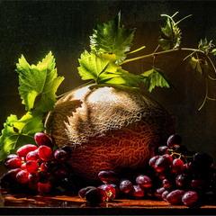 Летние зарисовки (дыня и виноград)