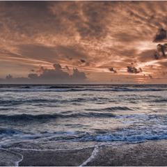 Закат над океаном...