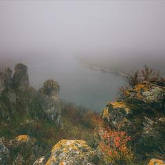 Туманний Дністер