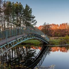 Мост в осень