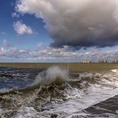 Разбушевалось Азовское море...