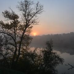 Осінній ранок, прохолода...