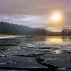 Лід на озері