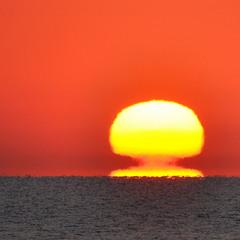 Схід сонця на Азовському морі