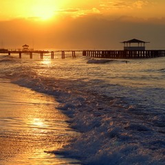 И всё-таки море останется морем и нам никогда не прожить без морей