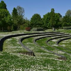 Весняно-парковий сюжет