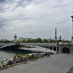 Травневий Париж
