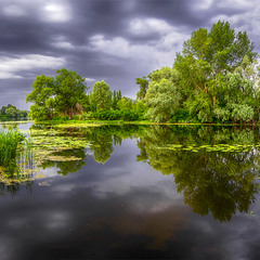 Перед дождем на речке Рось