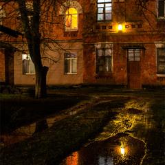 Затишні віконця вечірнього міста