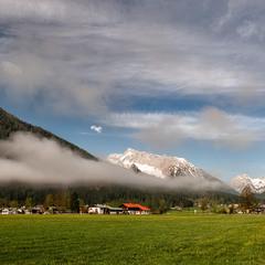 Про горы и дороги, и облака впридачу