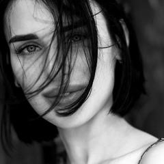 Летний ветер растреплет волосы...