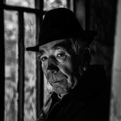 Noir Grandpa