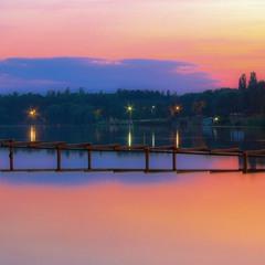 Закат на лодочной станции