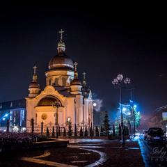Вечірня  церква...