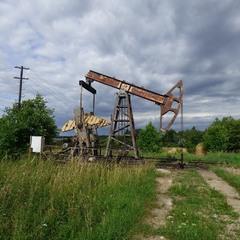 Хто казав, що на Україні немає нафти..?
