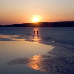 по тонкому льоду