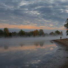 Туман над річкою