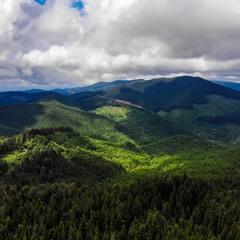 Где то в горах с облаками