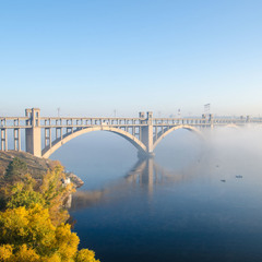 Мост в тумане
