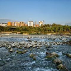 Небезпечна річка...