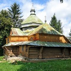 Старовинна  сільска церква