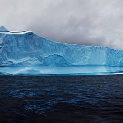 Лайнер из  льда