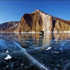 Славное  море Священный  Байкал (зимеий)