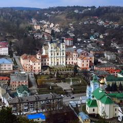 Вид на місто Кременець с Замкової гори