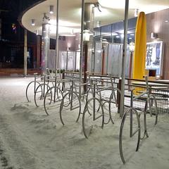 велостоянка зимой