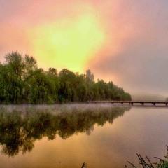 весеннее утро на озере