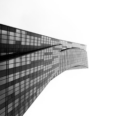 Хмарочоси в Варшаві