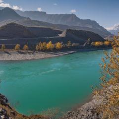 Осень.... Утро.... Горная река....