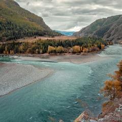 Сентябрь... Слияние рек Аргут и Катунь.....