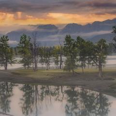 Река Катунь, вечереет с туманом...