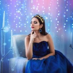 Каждая девушка просто обязана хотя бы разок примерить образ принцессы, а может и королевы...
