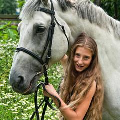 Без принца, но с конём :)