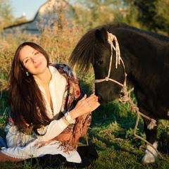 Катя и пегий пони