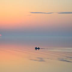 Рассвет на воде