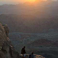 Встреча рассвета на горе Моисея, Египет.